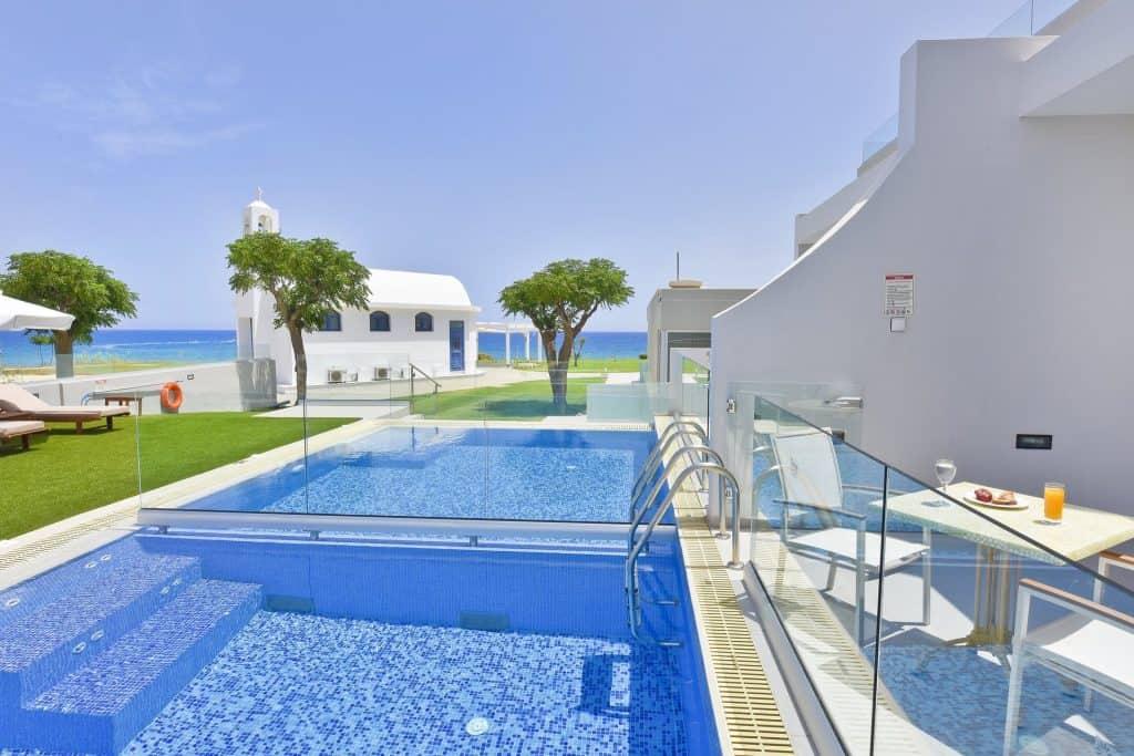 SSV Grand Suite private pool 1